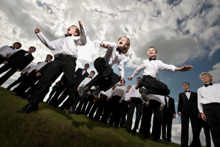 Herning Kirkes Drengekor. På spring. Foto: Peter Skjold